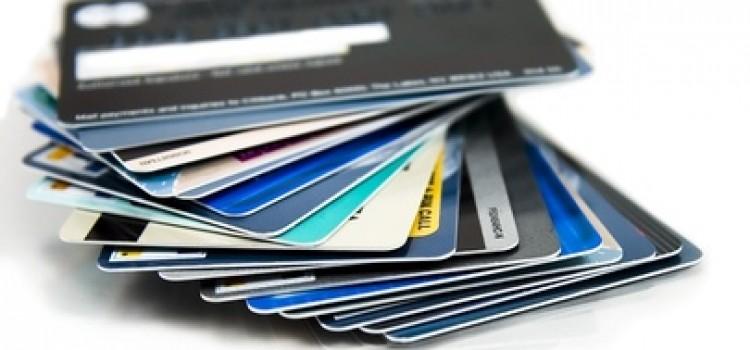Große Anschaffungen auf Kredit finanzieren – Vor- und Nachteile