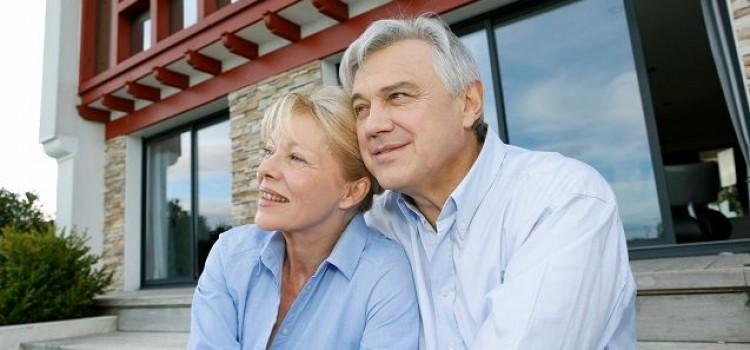 Hausbau: Finanzierung für Rentner