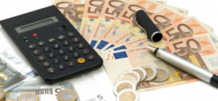 Welche Faktoren beeinflussen Kreditzinsen?